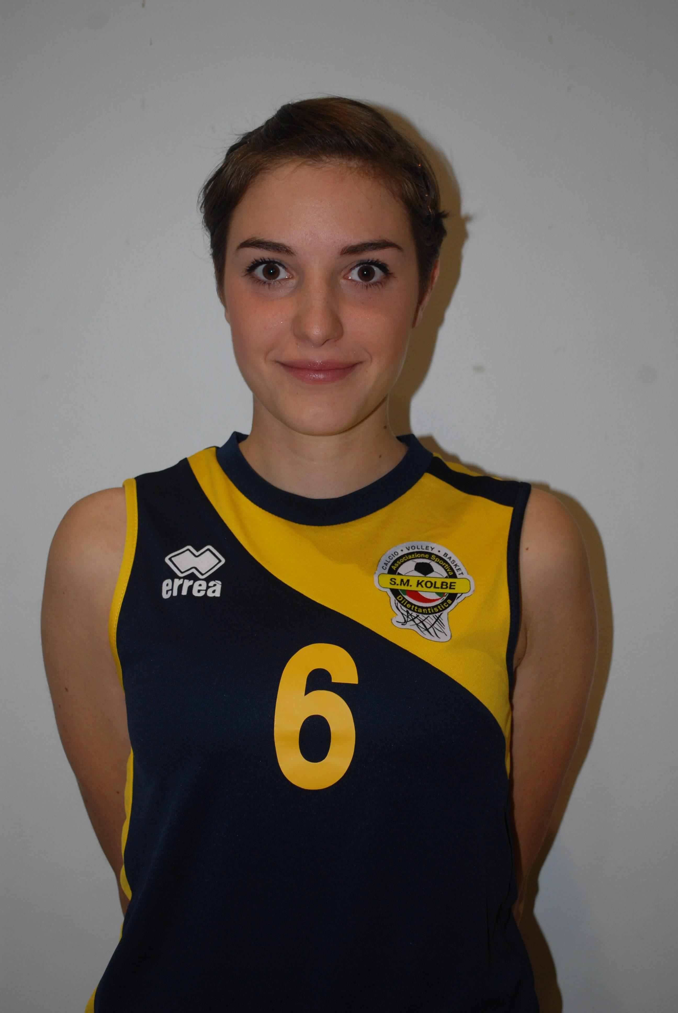 2 Erika Bernardi