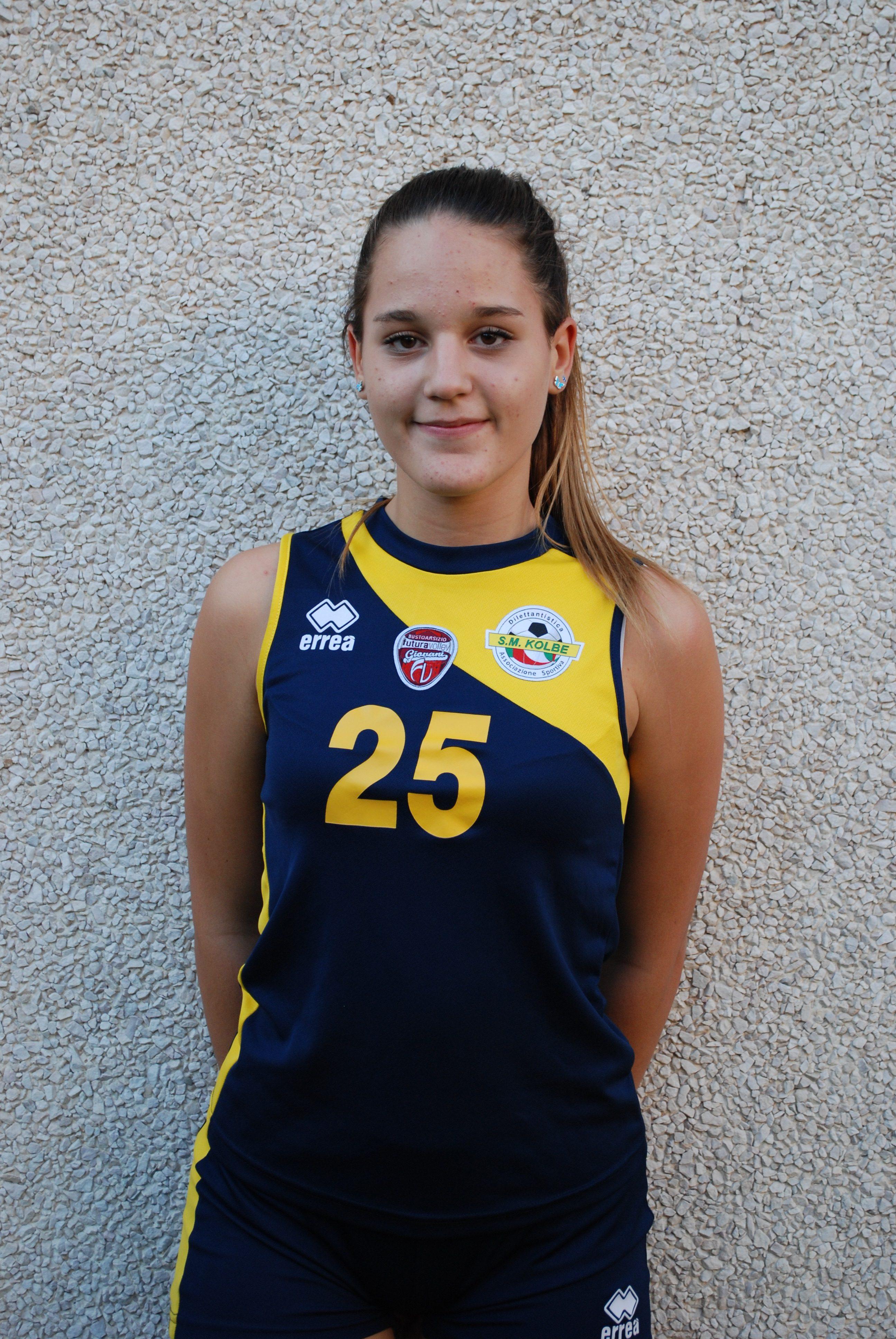 1 Chiara Calloni