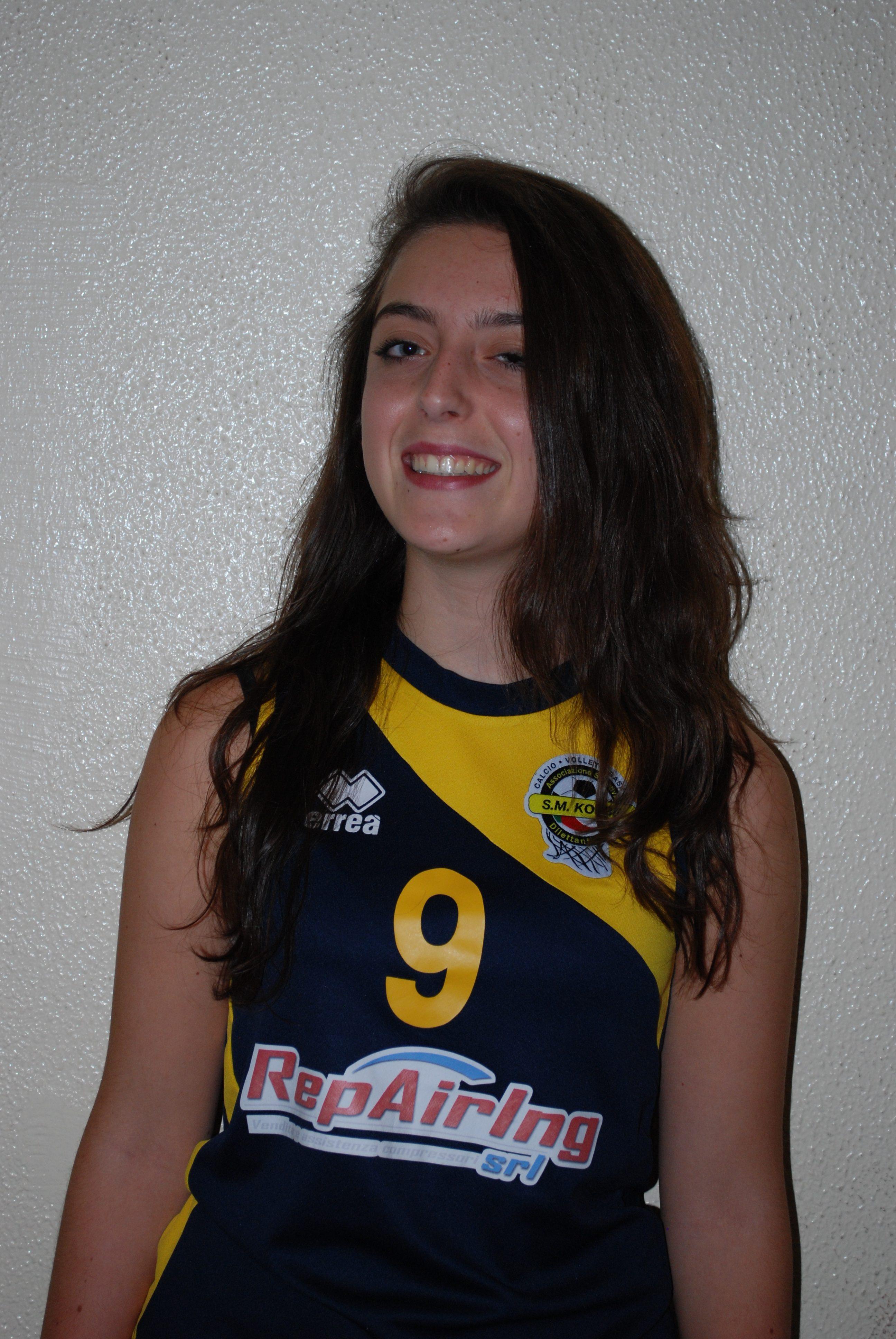 1 Emma Uccelli